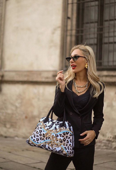 Vittoria Ottaviano con borsa Save My Bag