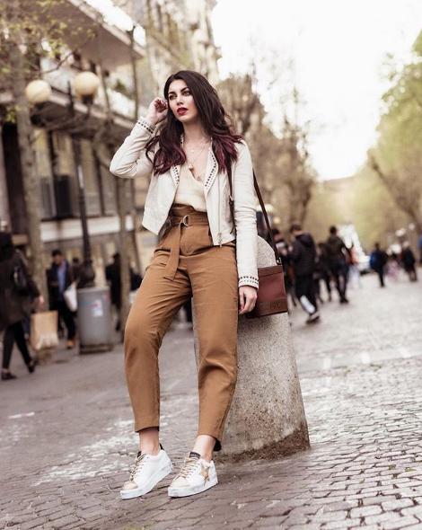 Alessia Sica con sneakers Nira Rubens