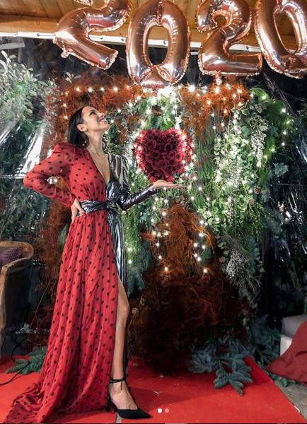 Teresanna Pugliese sceglie abito Mangano per la notte di Capodanno